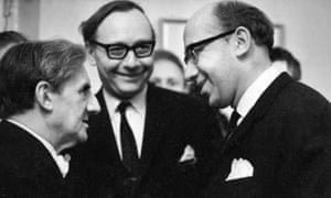 Victor Hochhauser, centre, with the conductors John Barbirolli, left, and Gennadi Rozhdestvensky in the 1960s.
