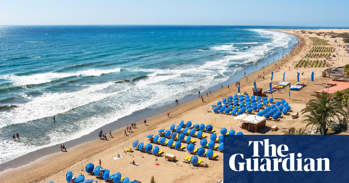 Tui slashes summer holiday schedule despite bookings surge