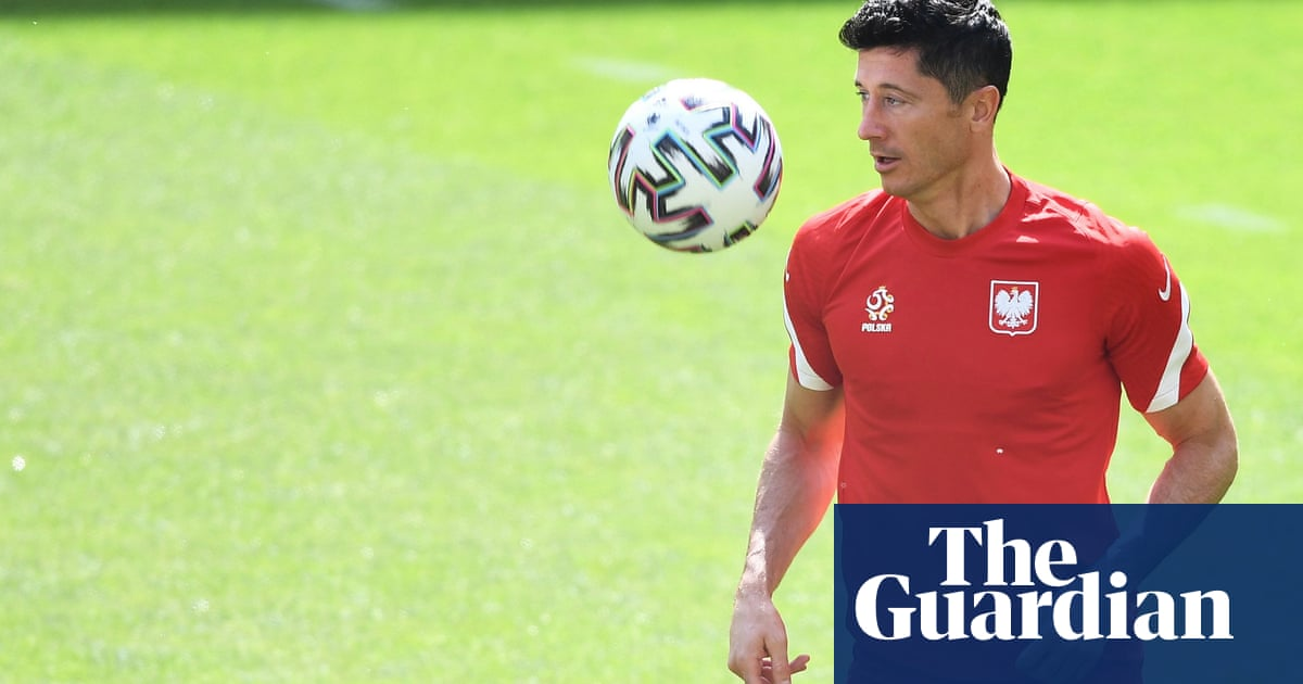 'You play for your life' – Poland gear up for must-win game against Sweden