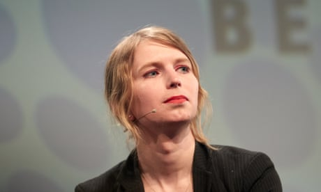 Judge orders Chelsea Manning's release from jail in Virginia