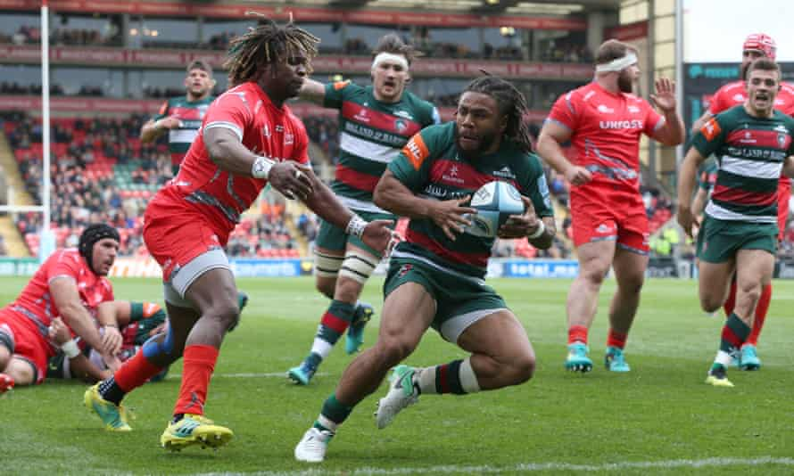 Kyle Eastmond eludes Marland Yarde to score the decisive try for Leicester.