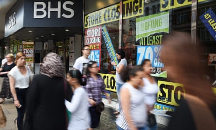 An MPs' report has found that Sir Philip Green 'got rich' from BHS.