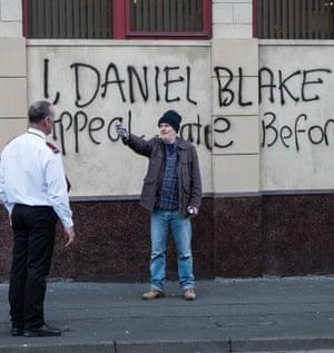 Standup comic Dave Johns as Daniel Blake