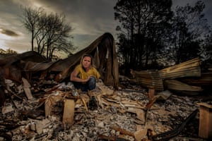 """After losing her home which she shares with her two teenage sons, Brooke Robinson spent days sifting through the ashes in search of treasured family heirlooms. Picking through the area that used to be the bathroom, she uncovered a fractured string of metal chunks, which she immediately recognised as a necklace that she had gifted from her father. She placed it into a large glass jar along with a collection of small memories already uncovered. """"I hope the next house will be a home for my future great grandchildren and our memories will continue to be passed on for generations to come."""""""