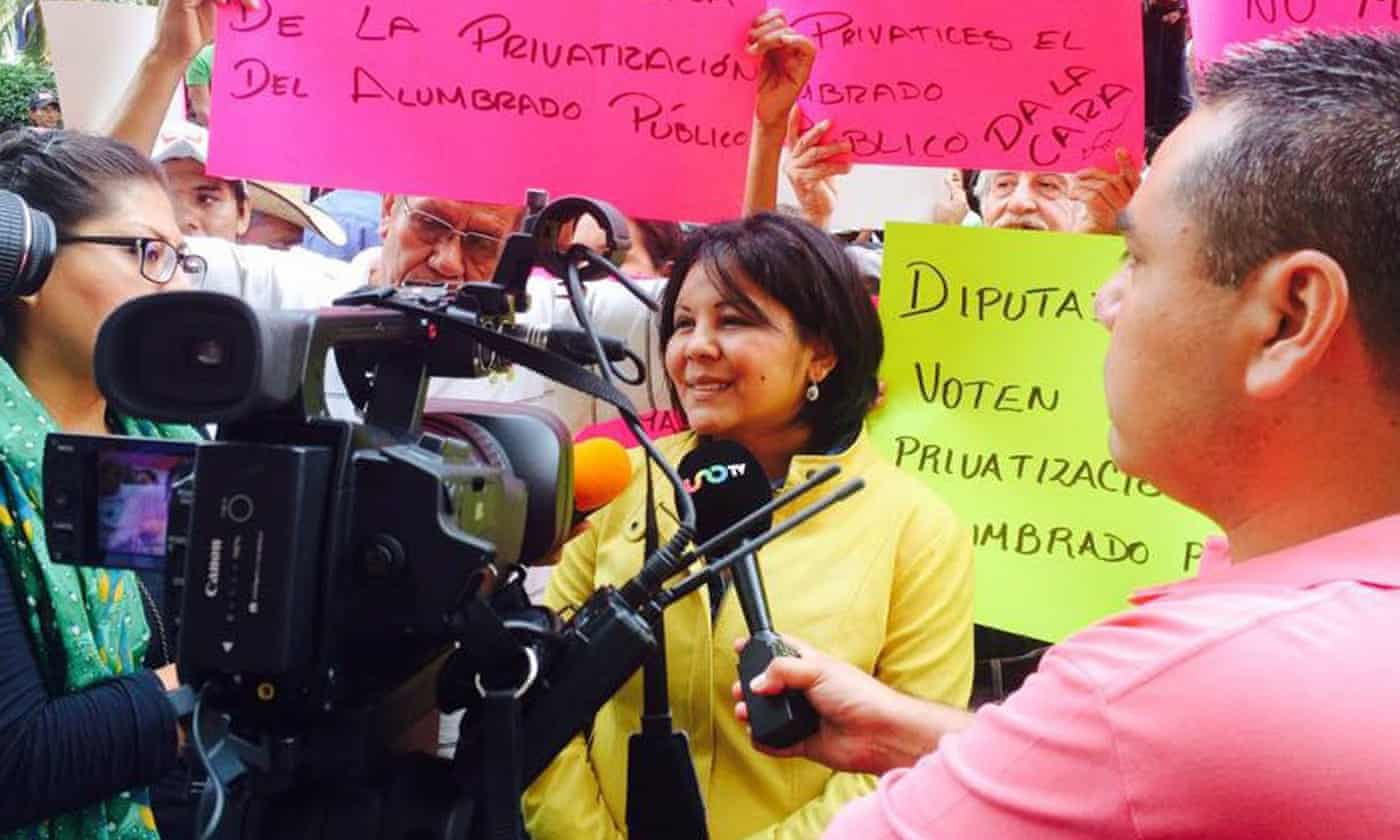 Mexico governor will 'not relent' in seeking justice for murdered mayor