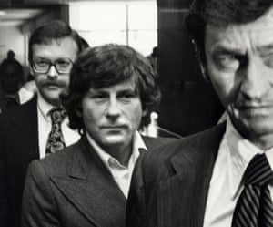 Roman Polanski with lawyers at the time of his trial.