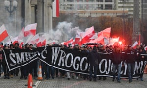 Polish nationalists march in Warsaw on 11 November 2017