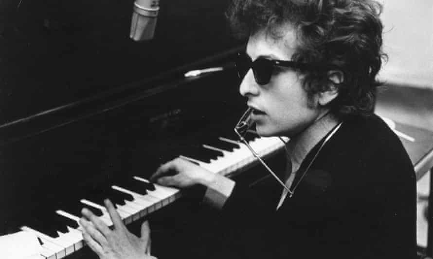 Bob Dylan during the recording of the album Highway 61 Revisited, in 1965, New York.