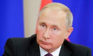 putin is responsible for novichok poisoning says uk minister