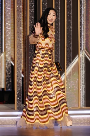 In a look that brought a whole new meaning to wavey garms, Awkwafina wore a 70s-esque Gucci gown to attend the show.