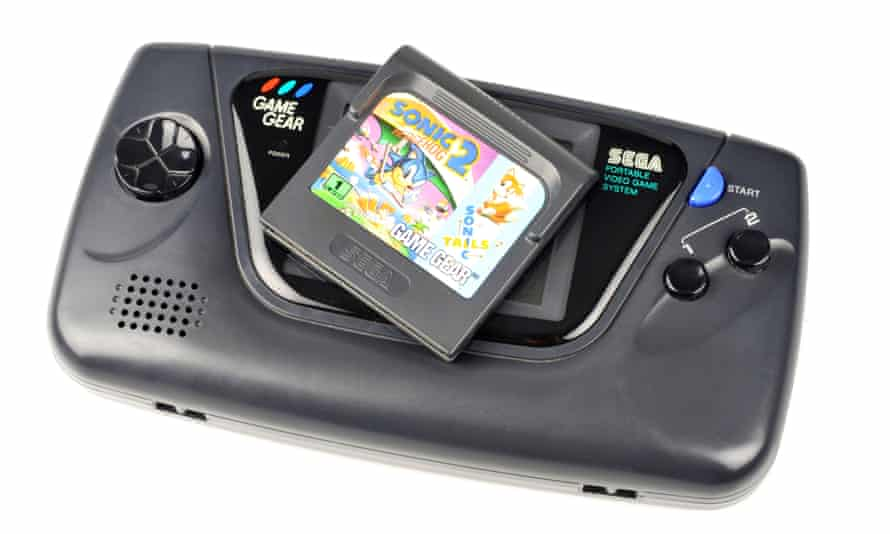 Feasted on batteries ... Sega Game Gear, 1990.