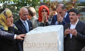 Khashoggi fiancee calls for justice as 20 Saudi officials go on trial in Turkey