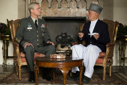 Brad Pitt's general meets the Afghan president, played by Ben Kingsley.
