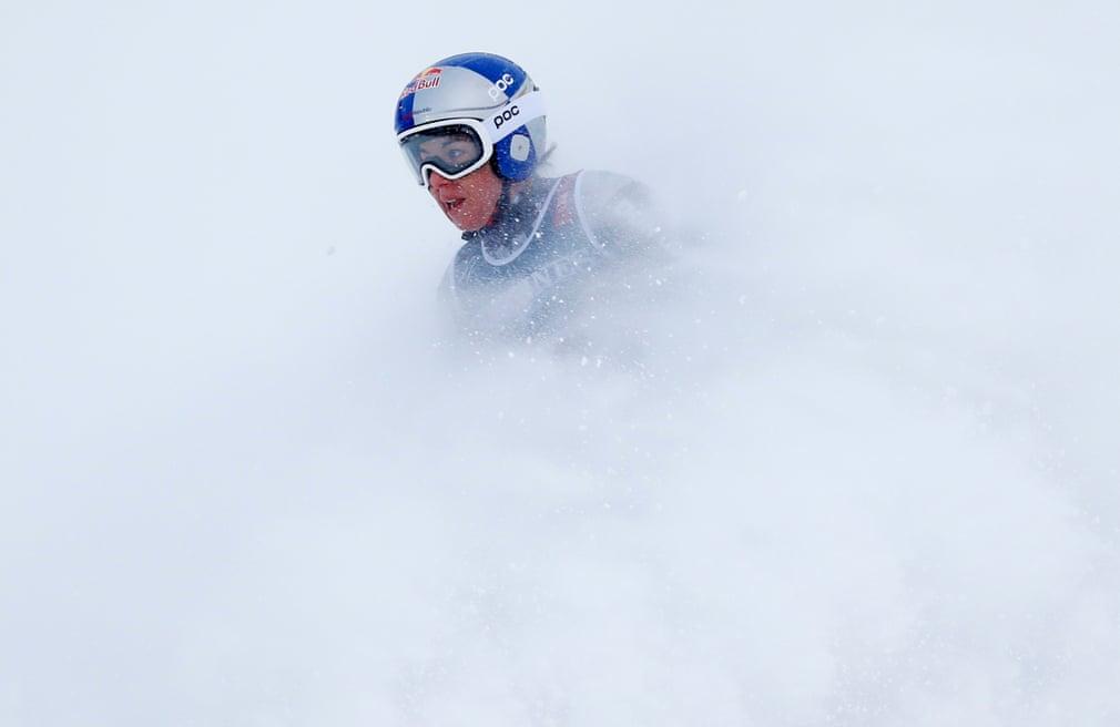 استار Ledecka از جمهوری چک قهرمان این دوره از مسابقات جهانی اسکی زنان در کوه های آلپ