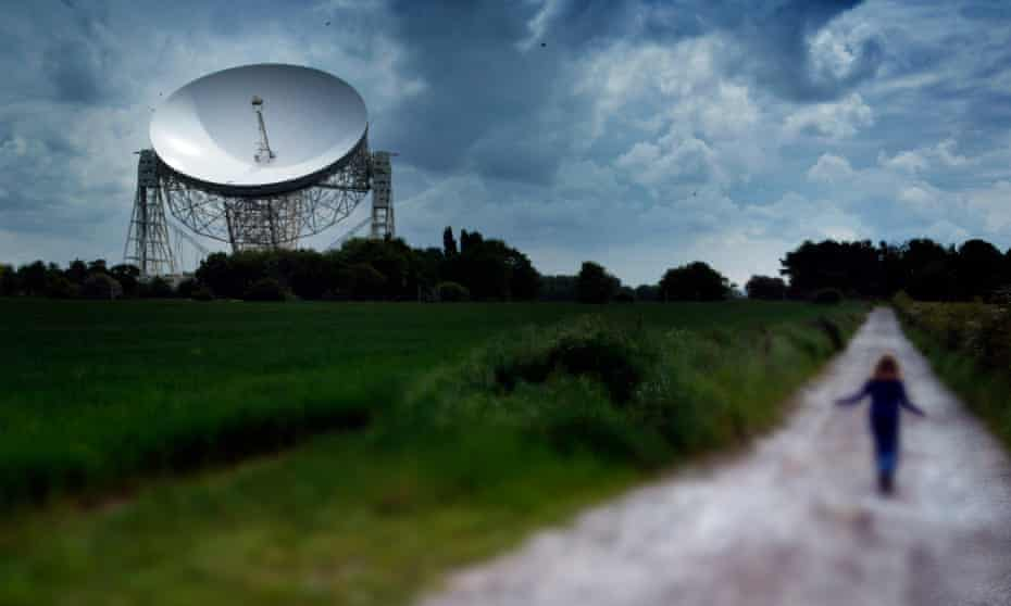 The radio telescope at the University of Manchester.