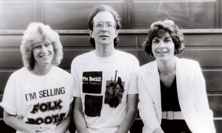 Beverly Hill, Ian Anderson and Caroline Walker of fRoots magazine, at Bracknell folk festival, 1985.