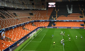 Josip Ilicic slots home a penalty in front of an empty Mestalla.