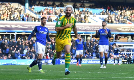 Charlie Austin comes off bench with late double as West Brom sink Birmingham