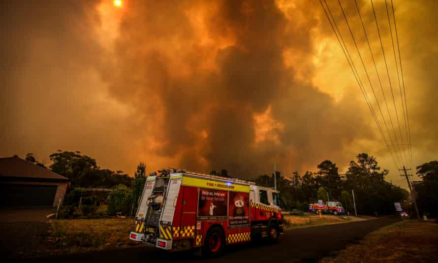 Scientists say the lack of moisture in the landscape is a key reason this year's bushfire have been so severe.