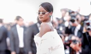 Rihanna channelling The Matrix's Trinity.