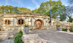 Hobbit House at Oastbrook Vineyard - For travel 15 June