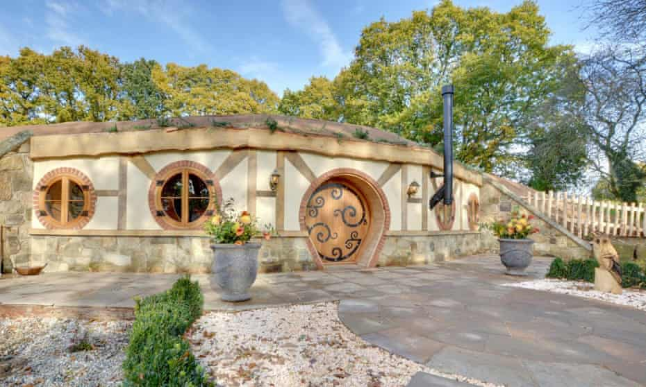 Hobbit House at Oastbrook Vineyard - For travel 15 June