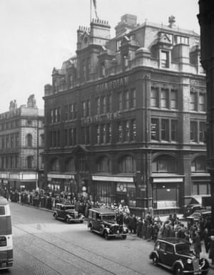 The funeral cortege for former editor W.P. Crozier leaves the Cross Street offices in 1944. During the 1940s the weight of the building was shifted from one set of pillars to another to accommodate the installation of more printing presses. (Archive ref. GUA/6/9/1/4/G.