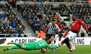Romelu Lukaku scores for Manchester United at Newcastle United