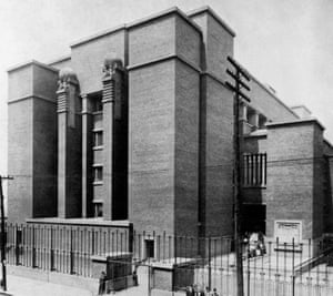 Frank Lloyd Wright's Larking Building revolutionised the way people worked. A parking lot now stands in its place.