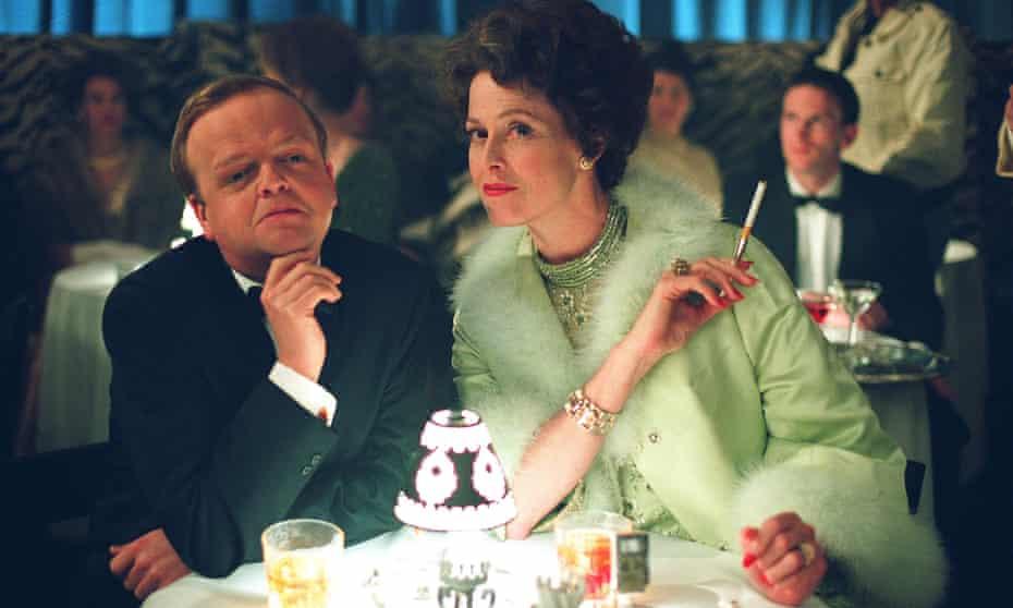 Breakthrough role: Jones as Truman Capote with Sigourney Weaver in Infamous (2006).