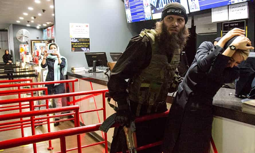 The director of an Iranian feature film has apologised after a group of people wearing Isis outfits wielding fake guns went inside a big shopping mall in Tehran