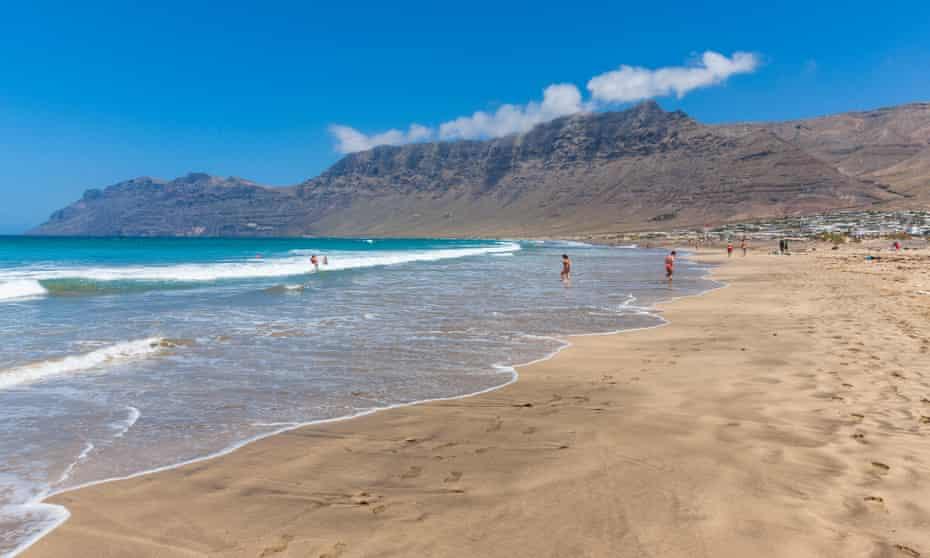 Los Valles, Playa de Famara