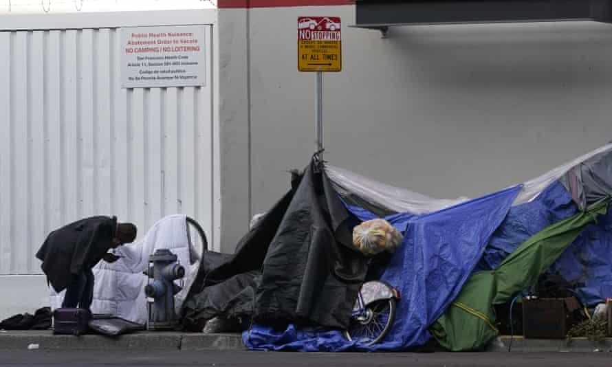 Tents set up on a sidewalk in San Francisco, 21 November 2020.