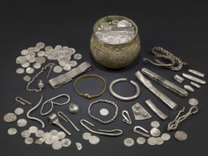 Finds from the Vale of York hoard
