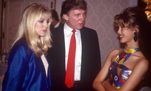 CONSEILS SEXUELS Mannequins ados, hommes puissants et dîners privés: quand Trump a accueilli Look of the Year | US news