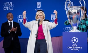 Madrid mayor Manuela Carmena receives the Champions League trophy at City Hall.