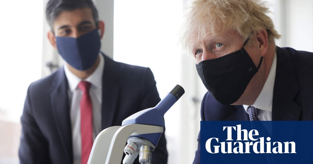No 10 refuses to deny Johnson threatened to demote chancellor