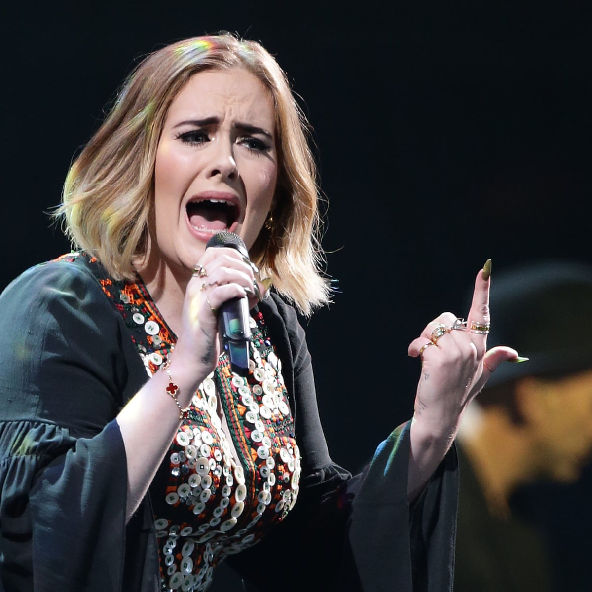 Adele S Classic Glastonbury 2016 Set As It Happened Four Years Ago Music The Guardian