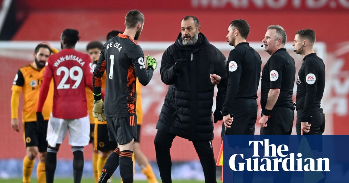 Nuno fears stopping football again would spark Super League