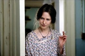Kidman as Virginia Woolf in The Hours.