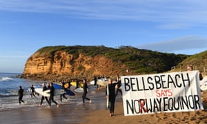 People protest on beach the Great Australian Bight