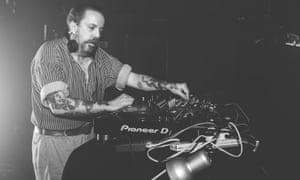 Andrew Weatherall in action at the Hare and Hounds, Birmingham, in 2016.