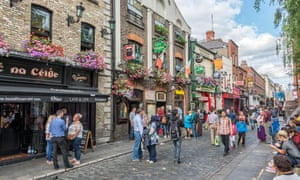 Pubs in Dublin, popular with tourists.