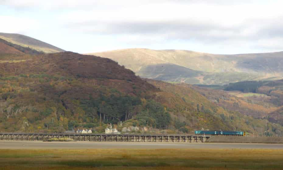 Tren en Barmouth Bridge
