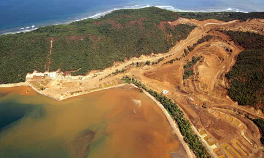 According to local organisations, more than 500,000 hectares of Mindanao's lands are now covered by mining applications.