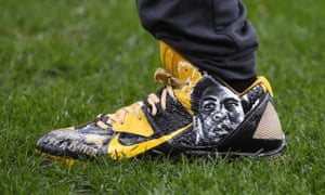 Antonio Brown's Muhammad Ali shoes.