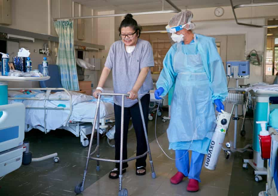 One week after taking her first steps, and thanks to the intensive rehabilitation provided by an army of physiotherapists, A&E staff nurse Cindy Sulit is now able to move around the ward.