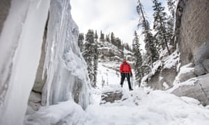 Ice-trekking in Maligne Canyon