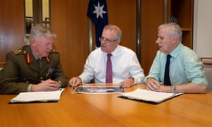 Scott Morrison and Michael McCormack with national drought coordinator Major General Stephen Day