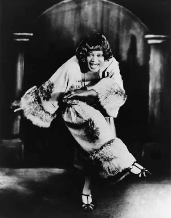 Smith started work as a dancer in troupe with singer Ma Rainey.